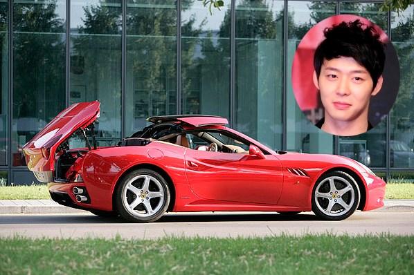 JYJ Yoochun's Ferrari California