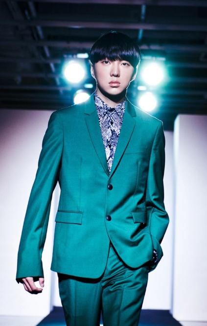 WINNER Kang Seungyoon cuerpo